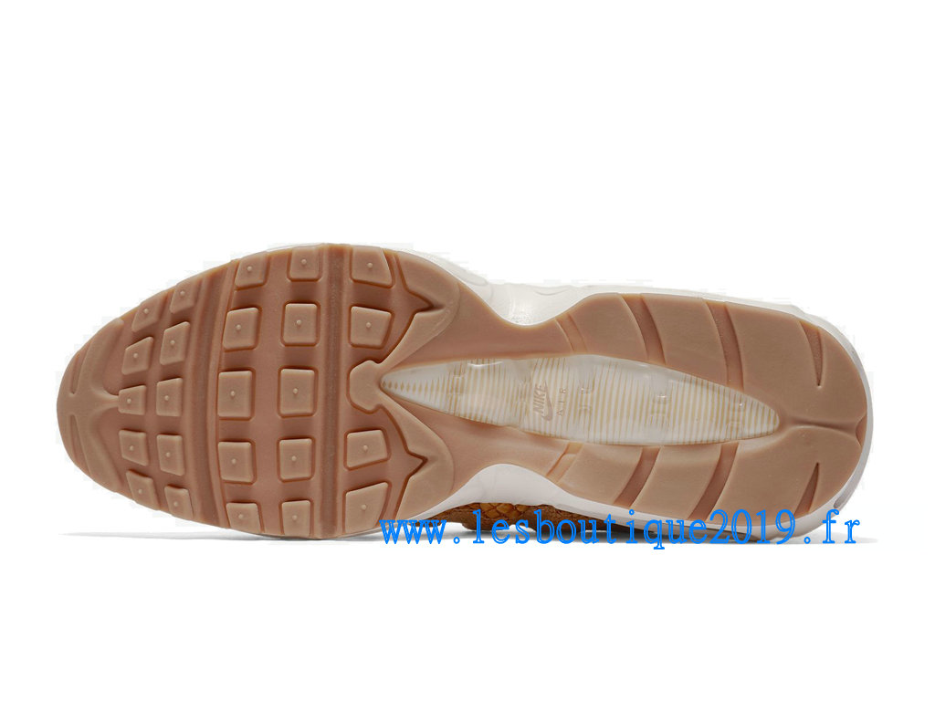 a1ed0de936d ... Nike Air Max 95 Premium SE Brun White Men´s Nike Sports Shoes 924478-  ...