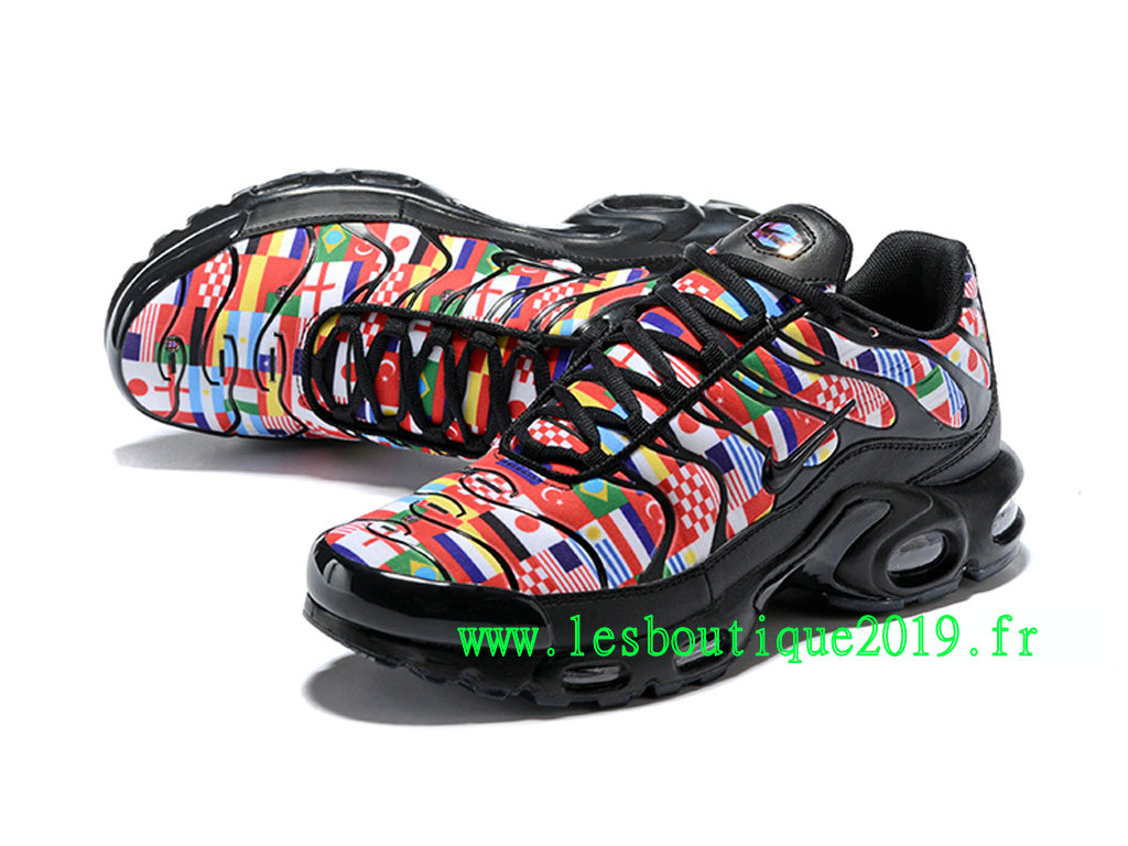 504dbea04e5453 ... Nike Air Max Plus NIC FIFA World Cup International Flag Pack Men´s Nike  Running ...