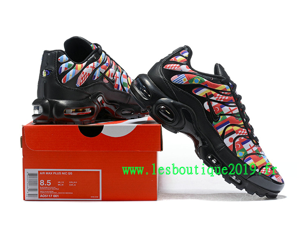 43dc8561b9 ... Nike Air Max Plus NIC FIFA World Cup International Flag Pack Men´s Nike  Running ...