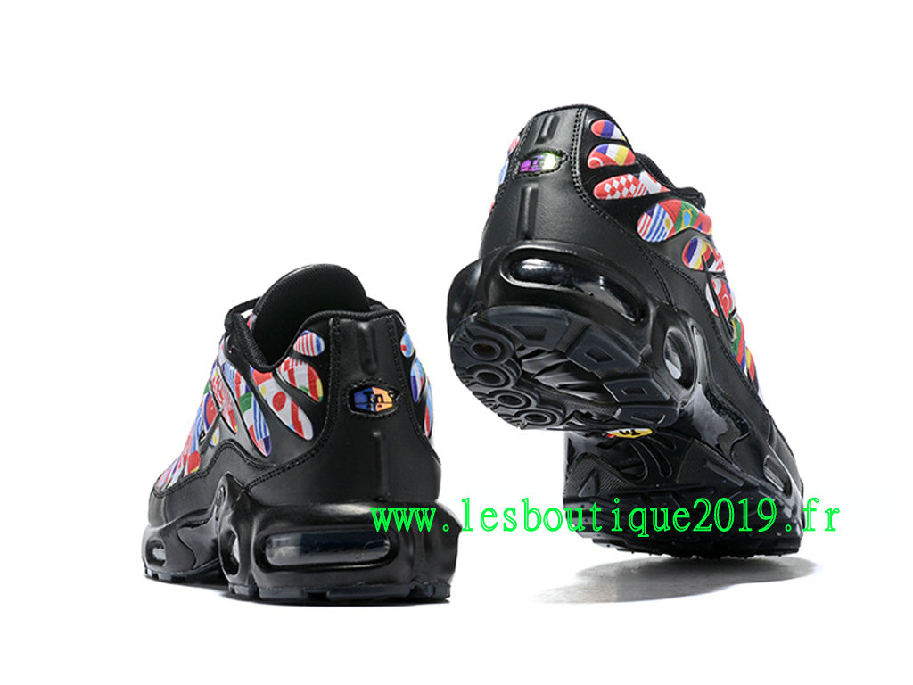 c5e1a703c52613 ... Nike Air Max Plus NIC FIFA World Cup International Flag Pack Men´s Nike  Running