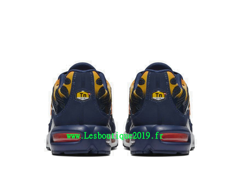 reputable site 45025 eb1aa ... Nike Air Max Plus Noir Orange Chaussures Officiel Tn Requin Pas Cher Pour  Homme 852630-