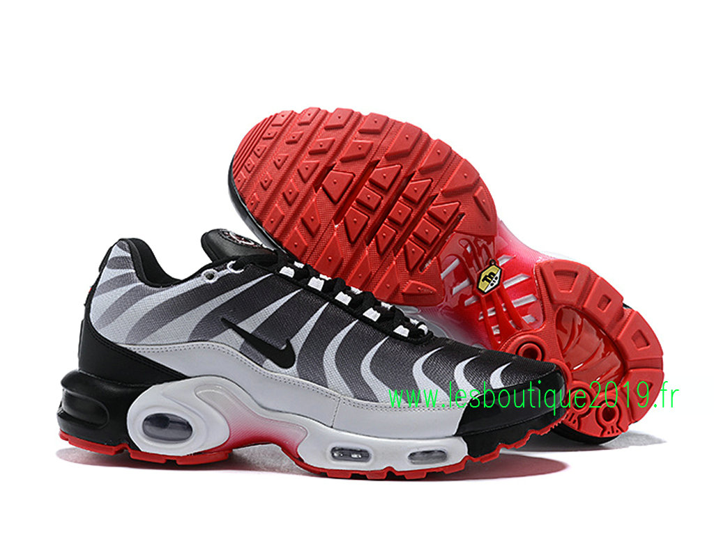 premium selection ef38b 89e95 ... Nike Air Max Plus/Tn Requin 2019 Men´s Nike BasketBall Shoes Black White  ...