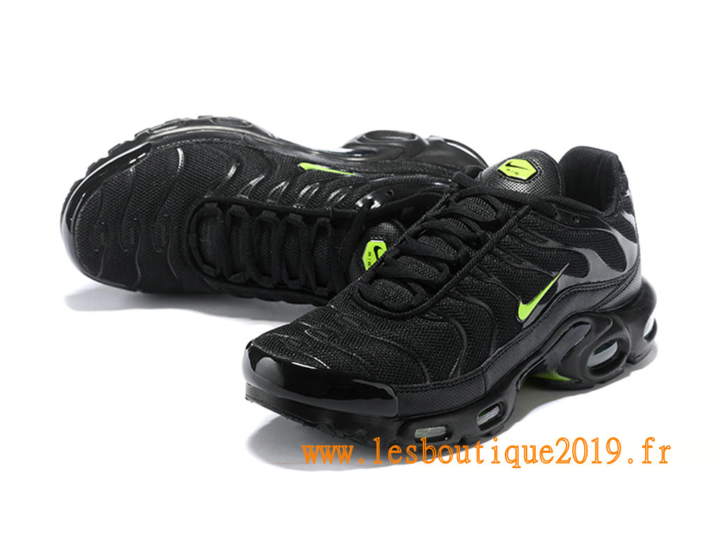 finest selection 81e77 3716a ... Nike Air Max Plus Tn Requin 2019 Men´s Nike Running Shoes Black Green  ...