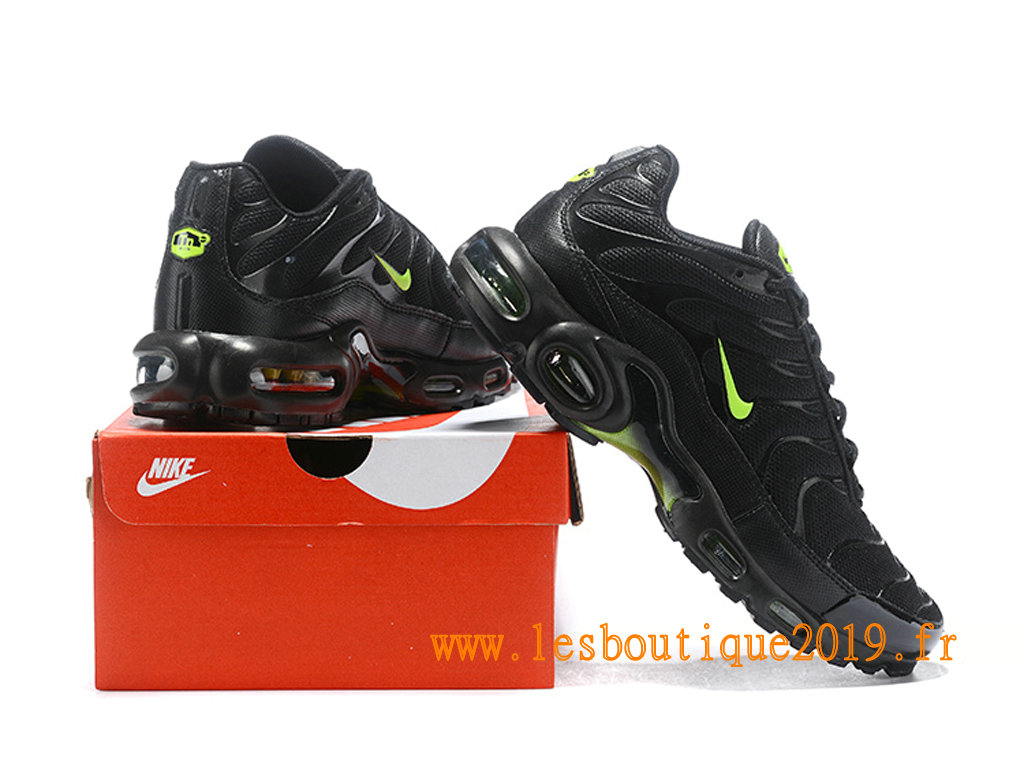 hot sale online a59b5 29dd3 ... Nike Air Max Plus Tn Requin 2019 Chaussures Nike Running Pas Cher Pour  Homme Noir