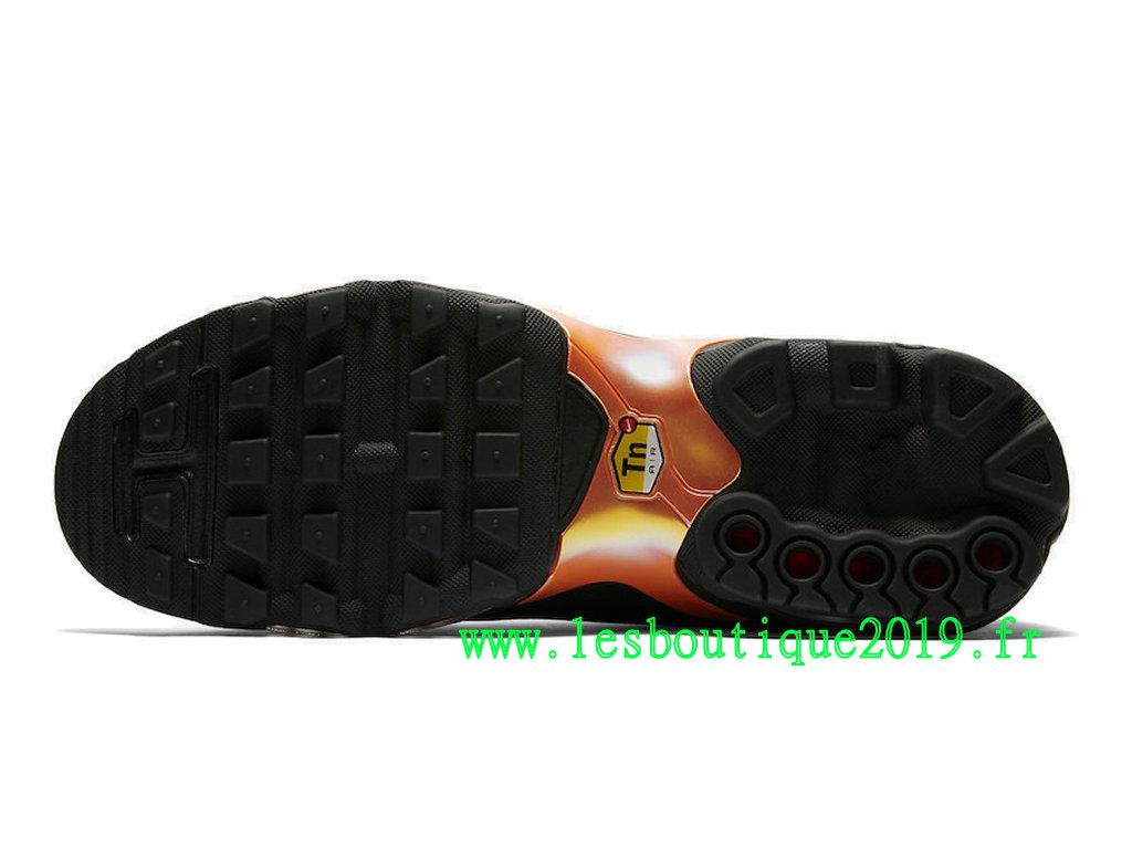 competitive price f0c22 28ac4 ... Nike Air Max Plus TN Ultra SE Black Pink Men´s Nike Running Shoes AQ0242  ...