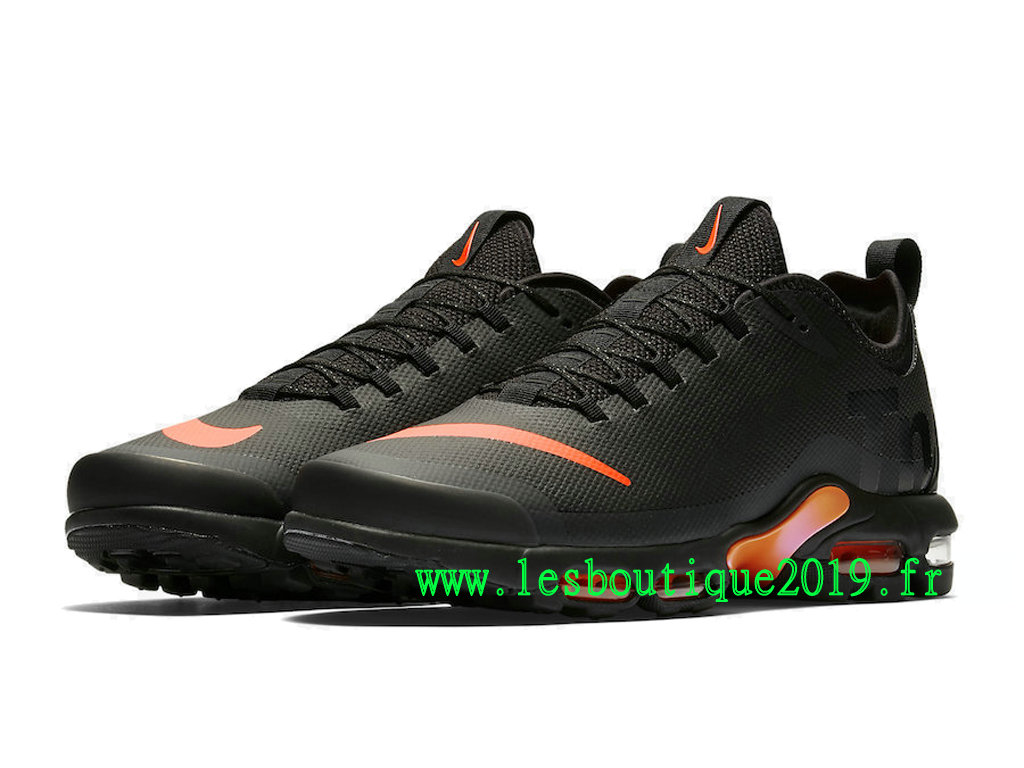 ff91d9c7c88 ... Nike Air Max Plus TN Ultra SE Black Pink Men´s Nike Running Shoes  AQ0242 ...