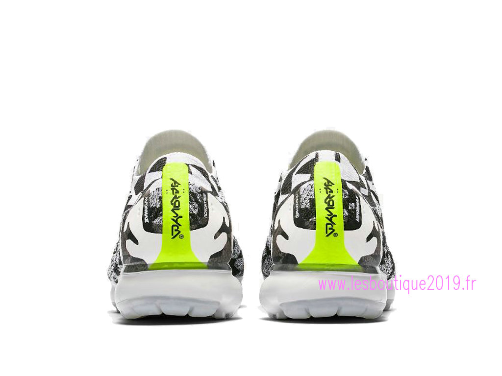 30440e2862 ... Nike Air VaporMax Flyknit MOC 2 White Black Men´s Nike Running Shoes  AQ0996-