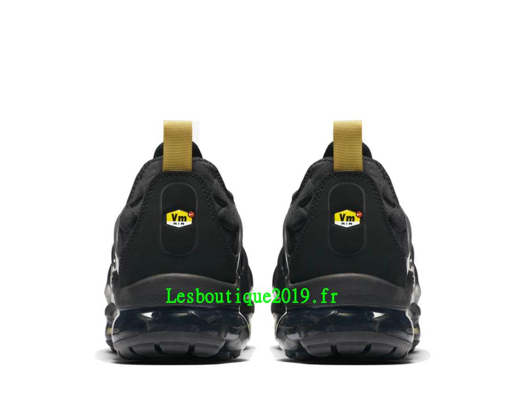 b874d0c083 ... Nike Air VaporMax Plus Black Gold Chaussures Officiel Basket 2019 Pas  Cher Pour Homme BQ5068-