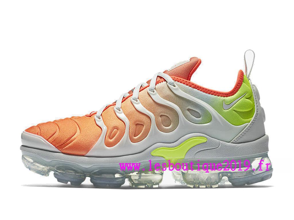 627d6174354 ... Nike Air Vapormax Plus GS Orange Blanc Chaussures de BasketBall Pas  Cher Pour Femme Enfant ...