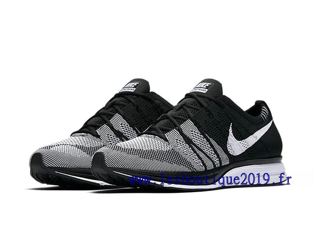 731fcfce1aa ... Nike Flyknit Trainer Oreo Black White Men´s Nike Running Shoes ...